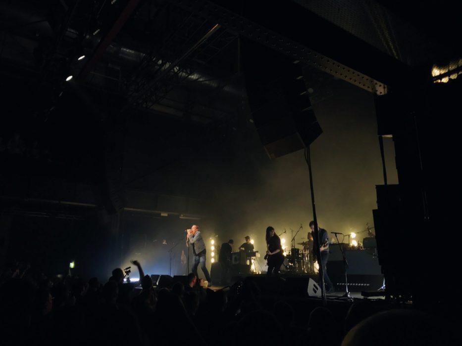 Thees Uhlmann live im Kölner Palladium. Foto von Jonas Horn.