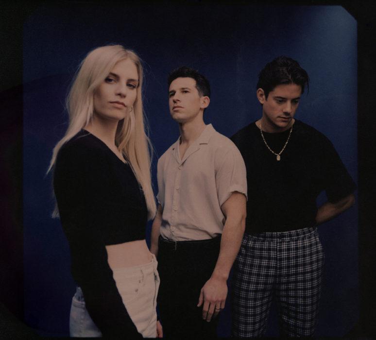 """Interview: Wir haben Hannah Reid von London Grammar ein paar Fragen zum neuen Album """"Californian Soil"""" gestellt und sehr persönliche Eindrücke gewonnen."""