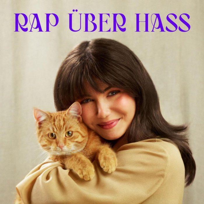 """Review: Nach der großen Ankündigung erscheint nun endlich das sechste K.I.Z-Album """"Rap über Hass"""". Wir besprechen das Album gleich zweifach."""